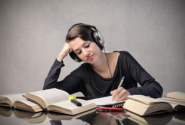 Những nguyên nhân khiến bạn gặp khó khăn trong việc học tiếng anh
